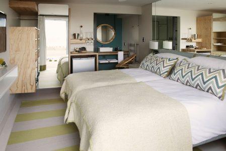 Luxury and comfort twin room with en-suite in Plett