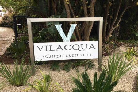 vilacqua-sign-outside